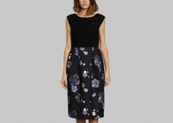 nathaliefordeyn-dress-flower-sleeveless-1